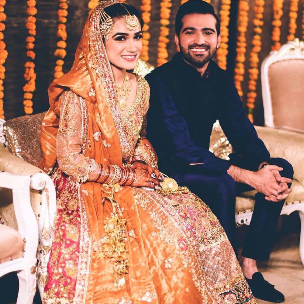 Picture of Shayanne Memon, absolutely regal on her Mehndi in a signature Farah Talib Aziz kalidaar angarkha