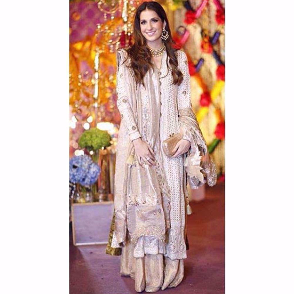 Picture of The gorgeous Shehrbano Taseer absolutely radiant in Farah Talib Aziz wedding wear