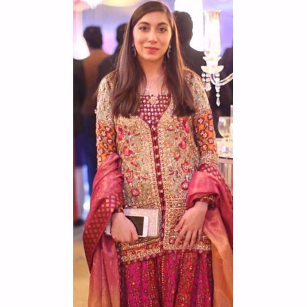 Picture of Beautifully festive in coloured Farah Talib Aziz outfit