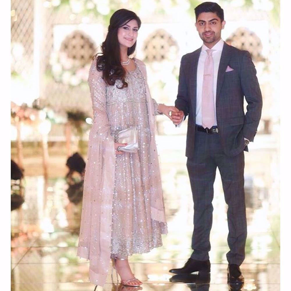 Picture of Absolutely adoring this beautiful bride sparkling in a tea rose Farah Talib Aziz signature kalidaar peshwas