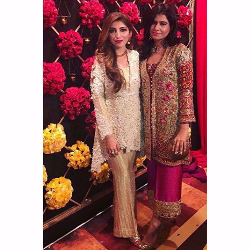 Picture of Maham and Haya looking beautiful in Farah Talib Aziz wedding wear