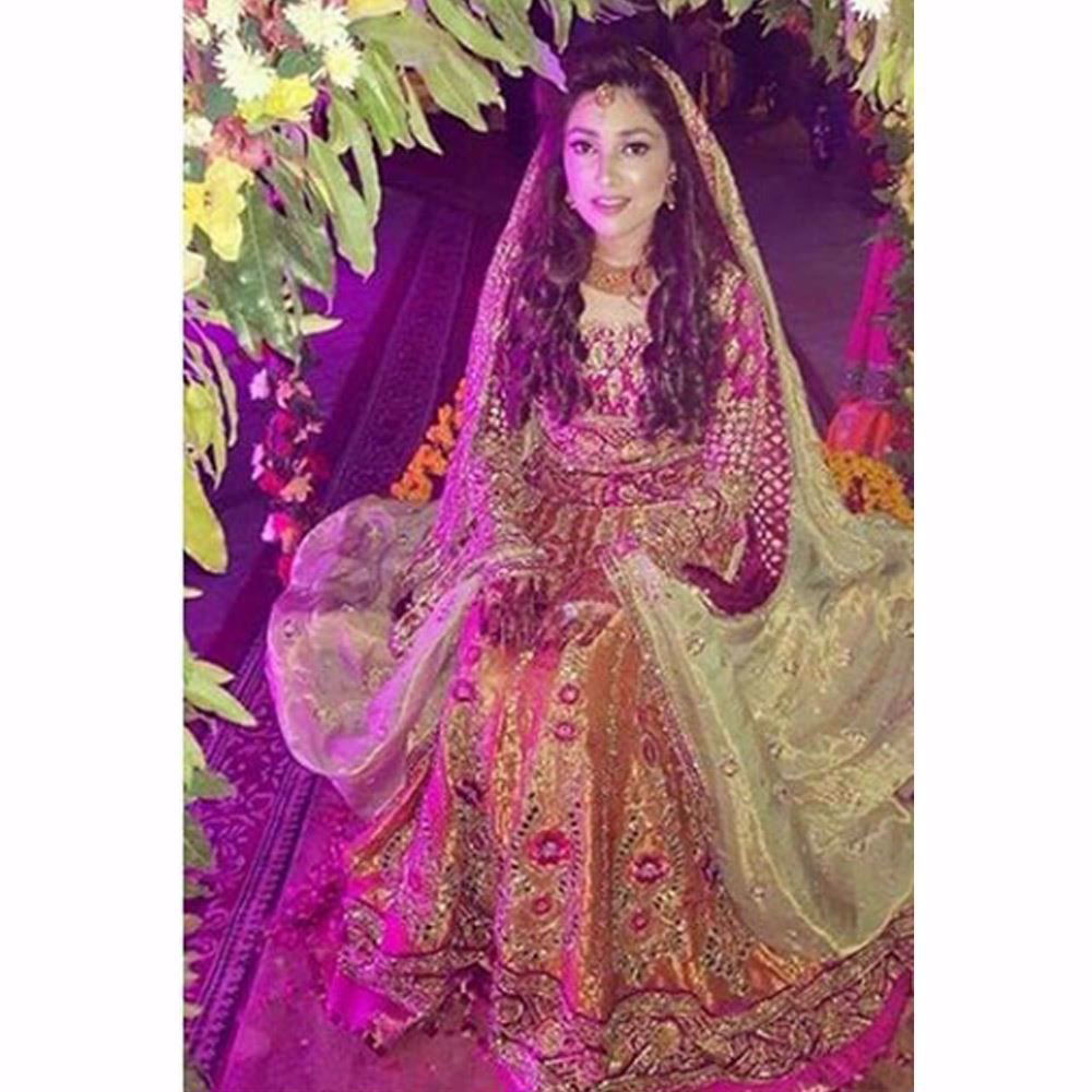 Picture of Mishal Javed looks absolutely beautiful in a festive Farah Talib Aziz lengha choli