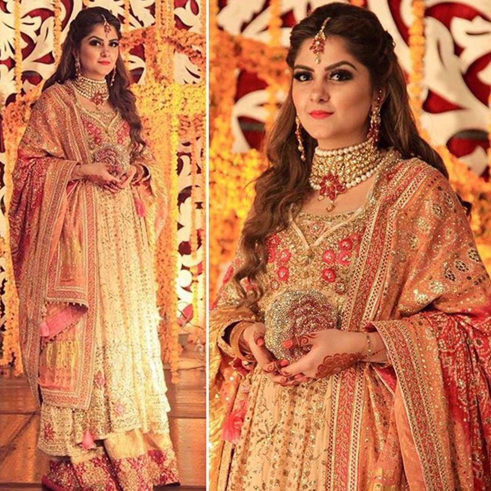 Picture of Rabia Waheed looking beautiful in a traditional Farah Talib Aziz kalidaar peshwas