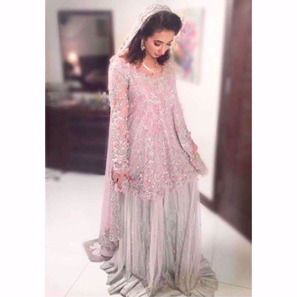 Picture of Komal Aziz Khan looking ethereal in a lavender and silver Farah Talib Aziz Bridal