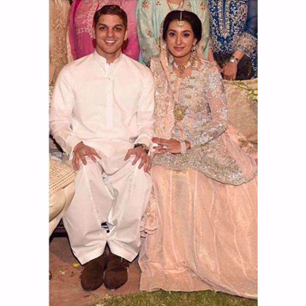 Picture of Malaika Hasan in a blush pink Farah Talib Aziz ensemble