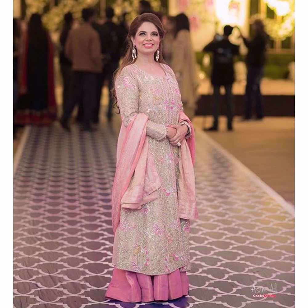 Picture of Noreen Zaheer looks beautiful in shades of pink featured on a custom made Farah Talib Aziz wedding wear ensemble