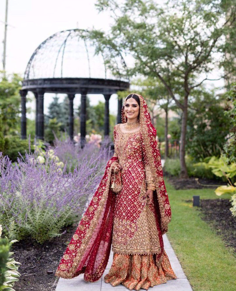 Picture of Farah Talib Aziz gives us a masterclass on how to carry the iconic red bridal. Saliha Ayub, gorgeous in a stunning scarlet #FarahTalibAziz ensemble accentuated with intricate zardozi and aari embellishments