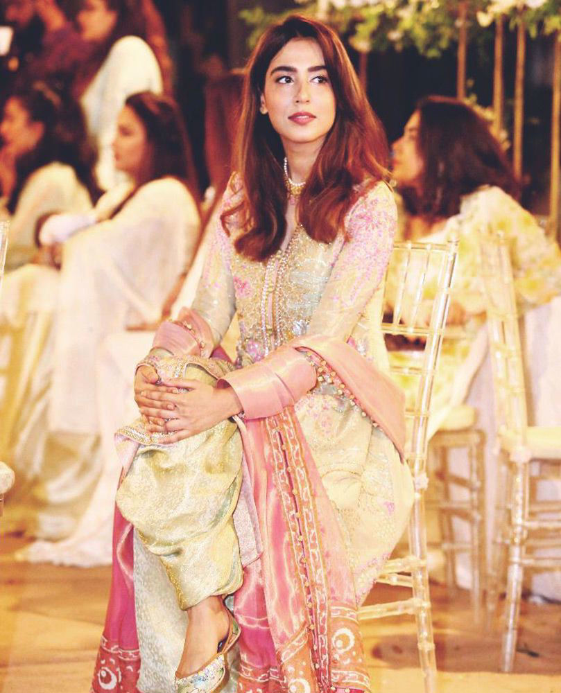 Picture of The beautiful Mansha Pasha is a vision to behold in mint green and candy pink #FarahTalibAziz ensemble