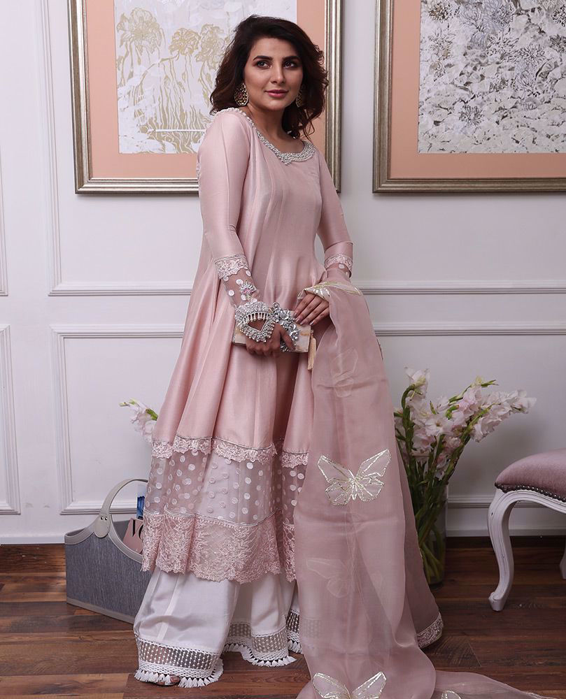 Picture of #AreebaHabib celebrating Eid in pretties shade of blush pink! Wishing you and your loved ones a blessed, safe Eid and a year full of happiness and the best of health